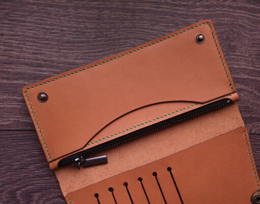 A Brief Guide on Wallets: Which Materials You'll Benefit From